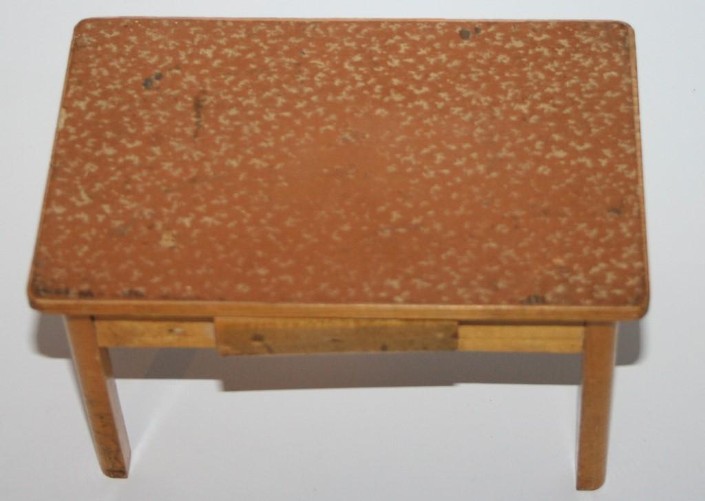 Esstisch Puppenstube ~ alter Holz Tisch Esstisch für Puppenstube, Puppenküche ca 193040  eBay